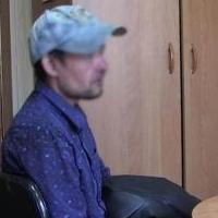 Похитителя автоаккумуляторов в Омске нашли по следам от ботинок