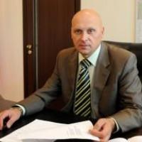 Замглавы омского минимущества Аркадия Соловьева уволили из-за обвинений в коррупции
