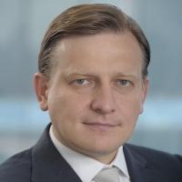 ВТБ сохраняет прогнозы по росту кредитного портфеля в 2015 г - зампред правления ВТБ Моос