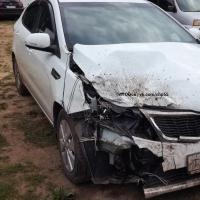 На озере Линево неизвестный повредил четыре автомобиля на парковке