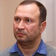 Омские лифты хотят починить за счет земли