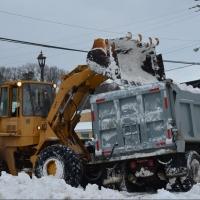 Компания «Автотрак» вывезет снег в Омске на 6% дешевле начальной суммы контракта