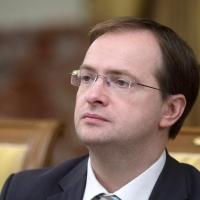 Владимир Мединский призвал не давать омичам невыполнимых обещаний
