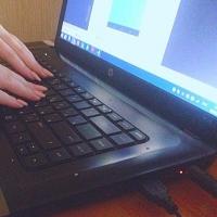 Омич украл в парикмахерской ноутбук и отправился лечиться