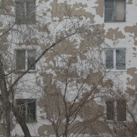 В Омской области распределили более 3,8 миллиона рублей на ремонт спецжилфонда
