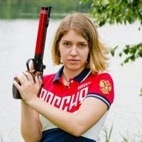 Омская спортсменка Бацарашкина поехала стрелять в Инсбрук