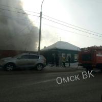 В центре Омска за сутки сгорели два частных дома