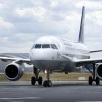 Нетрезвый омич устроил дебош на борту самолета