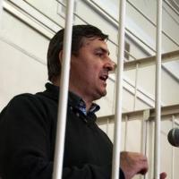 Юрия Гамбурга увезли из омского суда в реанимацию