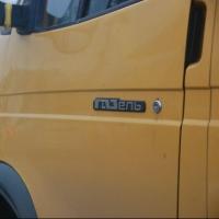В Омске маршрутка, забитая пассажирами, попала в аварию