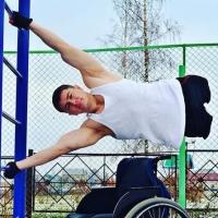 Блог десантника, потерявшего ноги при обрушении казармы в Омске, претендует на премию Рунета