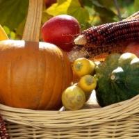 В Омской области подорожали картофель, морковь и яблоки