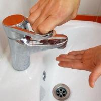 Омичей предупреждают об отключении воды