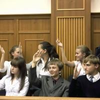 В судах работают студенты. Практические занятия или реальные судьбы