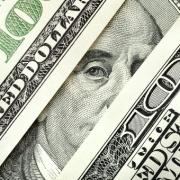 Доллар может исчезнуть с российского рынка