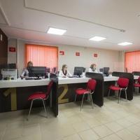Два филиала МФЦ в Омске начали принимать документы на загранпаспорт