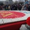 В Омске выложили пасхальную мозаику из 10 тысяч яиц
