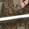 Ночью в Омске двое мужчин скрутили с поезда тормоза