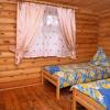 В Омске постоялец устроил пожар в деревянной гостинице