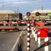 В Омске ввели ограничение движения автомобилей через ж/д переезд по улицам 15-я Рабочая и Д. Бедного