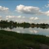 Территорию у озера Кирпичка благоустроят до сентября