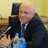 Летом омский губернатор начал больше открываться СМИ