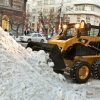 Омская техника по вывозу снега работала без перерыва всю ночь