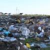 Свалка в Калачинском районе продолжает загрязнять почву