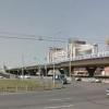 В Омске светофор возле метромоста будет работать по-новому