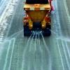 Зимой омские улицы будут обрабатывать жидкими реагентами
