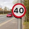 На аварийном спуске с путепровода в Омске ограничили скорость движения