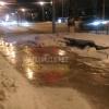 Пешеходов и водителей в центре Омска подстерегает опасность