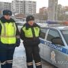 Омские полицейские привели домой пятилетнего ребенка, оставшегося одного на морозе
