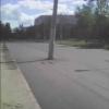 Посередине проезжей части на Сибирском проспекте в Омске торчит столб