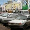 В Омске назвали адреса платных и бесплатных парковок