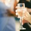 Омичке продали шампанское за 138 тысяч, хотя у нее не хватало 200 рублей
