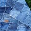 Омский драмтеатр просит помочь старыми джинсами