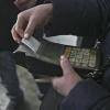 Пассажиров в грязной одежде хотят штрафовать в Омске на 500 рублей