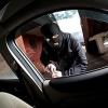 За сутки в Омске обокрали четыре машины