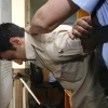 Двое омичей помогли полицейским и задержали грабителя магазина