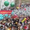 """Омская полиция подозревает организаторов """"Бессмертного полка"""" в хищениях"""