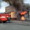 В Омске сгорел торговый контейнер с теплицами