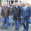 Мэр и губернатор оценили очередной этап благоустройства микрорайона № 10 в Омске