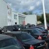Владелец автосалона в Омске забрал себе предоплату за машины
