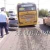 В Омске у маршрутного автобуса на ходу оторвалось колесо (фото)