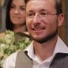 Омский миллионер, прикинувшийся безработным, подарил семье из Мурманска квартиру