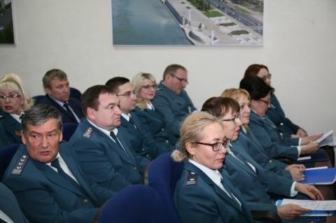 Омские полицейские иналоговики вернули вбюджет практически 2 млрд неуплаченных налогов