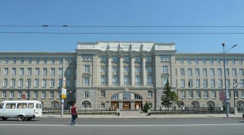 Омский университет лишился права выдавать дипломы перед выходом студентов