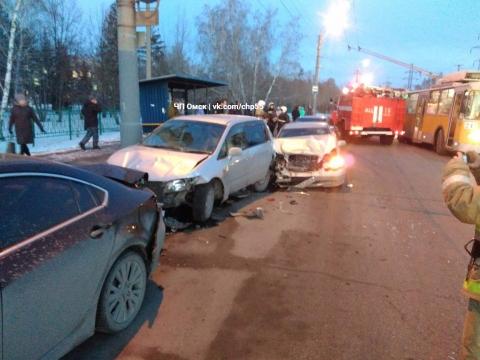 Наулице Лизы Чайкиной столкнулись 5 машин