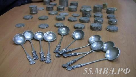 Омский пенсионер отдал 234 тысячи руб. заподдельные антикварные монеты